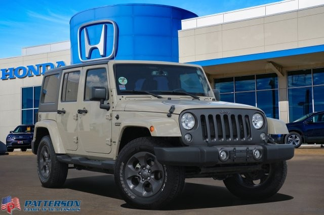 Pre-Owned 2017 Jeep Wrangler Unlimited Freedom