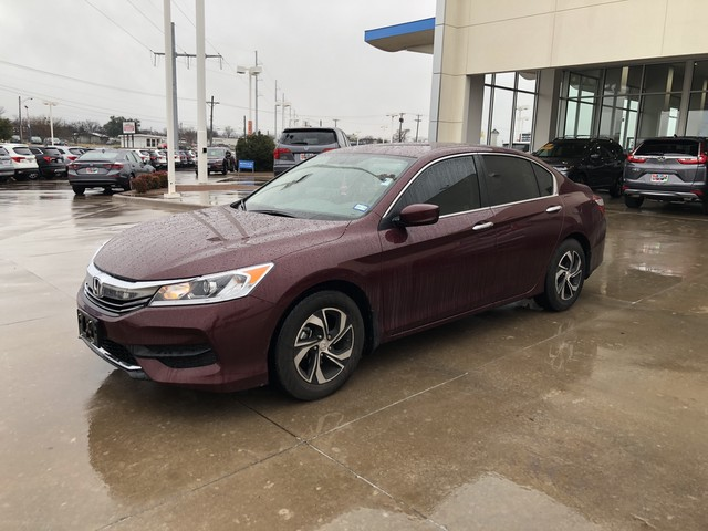 Certified Pre-Owned 2017 Honda Accord Sedan LX***ONE OWNER***CLEAN CARFAX***BACK UP CAMERA***